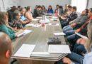 """Em reunião autoridades abordam como tema, a execução do """"Projeto Câmara nas Escolas"""""""